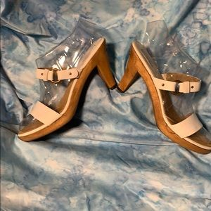 Fab White Michael Kors Wood Heel Sandals Size 10